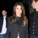 Paula Abdul Grabs A Bite In West Hollywood