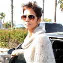 Halle Berry Steps Out For Lunch