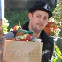 Joel Madden Heads Into Supermarket For Groceries