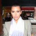 Kim Kardashian Exits The Nail Salon