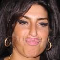 Amy Winehouse Goes On A Pub Crawl
