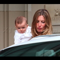 <em><font color=orange>X17 XCLUSIVE</em></font> - Gisele Bundchen And Tom Brady Christen Baby Benjamin!