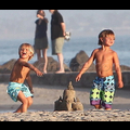 Britney Spears' Boys Enjoy The Last Days Of Summer On The Beach With Their Grandparents