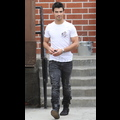 Joe Jonas Keeps It Tight, But Not Pure