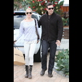 <em><font color=orange>X17 EXCLUSIVE</em></font> - LeAnn Rimes And Eddie Cibrian Get A Head Start On Their Holiday Shopping