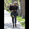 Gwen Stefani Gets Glam For Grandmother's House