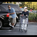 "<em><span class=""exclusive"">EXCLUSIVE PHOTOS</span></em> - Heidi Montag And Spencer Pratt Pick Up Some Groceries"