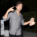 <em>Entourage</em> Stars Let Loose After Last Day Ever Of Filming