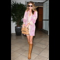 Rosie Huntington-Whiteley Is Pretty In Pink