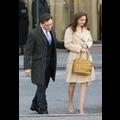 Leighton Meester Totes A Drool-Worthy Vuitton On The Set Of <em>Gossip Girl</em>