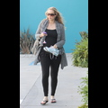 Pregnant Elizabeth Berkley: Saved By The Pilates Class!