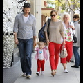Amy Adams And Daughter Aviana Wear Matching Pants For Mother's Day!