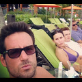 Courteney Cox Relaxes Beachside With Her <em>Cougar Town</em> Co-star