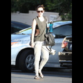 "<em><span class=""exclusive"">EXCLUSIVE PHOTOS</span></em> - Rumer Willis Braves The Heat For An Early Morning Yoga Session"