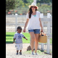 Sandra Bullock Takes Son Louis To Pick Out Pumpkins At The Patch