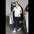 Minka Kelly Works On Her Muscles For Her New Man