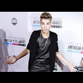 Justin Bieber Sweeps The 40th Annual American Music Awards