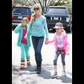 Denise Richards Hangs With Her Girls After Getting Temporary Custody Of Charlie & Brooke's Twins