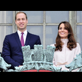 "<em><span class=""exclusive"">BREAKING NEWS</span></em> - Kate Middleton In Labor, Prince William By Her Side"