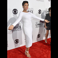 Jennifer Hudson Wows In White And Takes Home The People's Choice Humanitarian Award