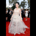 Katy Perry Switches Up Her Look At The 2014 Grammy Awards