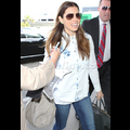 Jessica Biel Jets Out Of LAX On Her 32nd Birthday