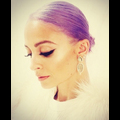 Nicole Richie Dyes Her Hair Purple!