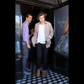 Harry Styles Lunches At His Favorite Eatery