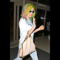 Kesha Gives Us A Taste Of The Rainbow With Her Multi-Colored Hair