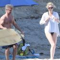 """<em><span class=""""exclusive"""">EXCLUSIVE PHOTOS</span></em> - Charlize Theron And Sean Penn Can't Get Enough Of Each Other's Beach Bodies"""