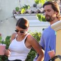 EXCLUSIVE PHOTOS - Scott Disick And Sofia Richie Grab Smoothies, Then Scott Grab's Sofia's A**