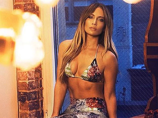 J Lo Shows Off Sexy Bod While Her <em>Hustlers</em> Co-Star Cardi B Defends Female Rappers - X17 Online