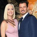 """<em><span class=""""exclusive"""">BREAKING NEWS</span></em> - Katy Perry And Orlando Bloom Expecting First Child Together"""