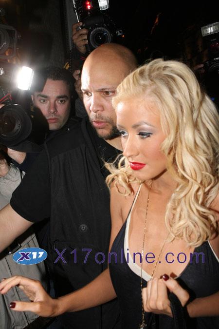 Christina Aguilera bCAGUILERA030607_06.jpg
