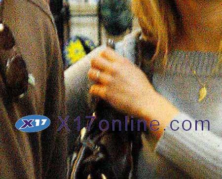 Leonardo DiCaprio LDICAPRIO041907_02.jpg