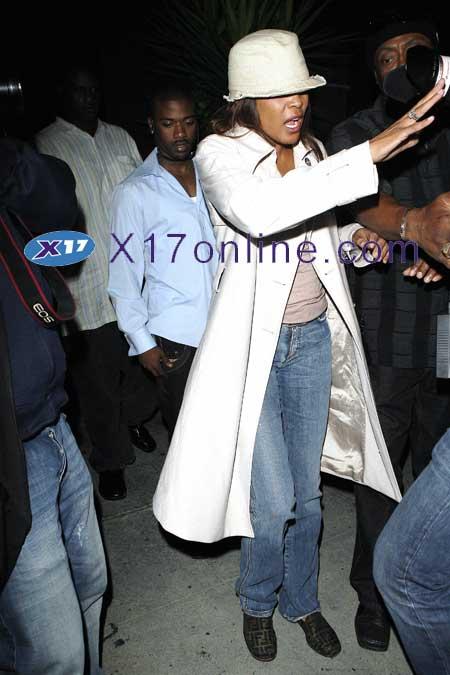 Whitney Houston WHOUSTONRAYJ0426_06.jpg
