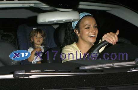 Britney Spears BSPEARSDARKHAIR0623_3.jpg