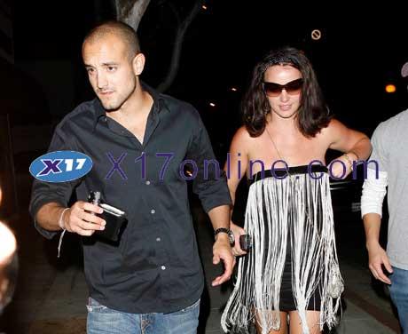 Britney Spears BSPEARSBOYF072807_id.jpg