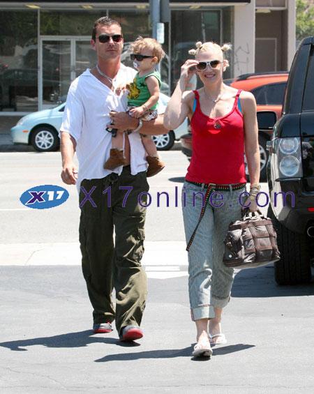 Gwen Stefani GSTEFANIKINGSTON0707_07.jpg