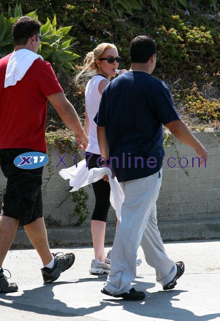 Lindsay Lohan LLOHAN071407_08.jpg