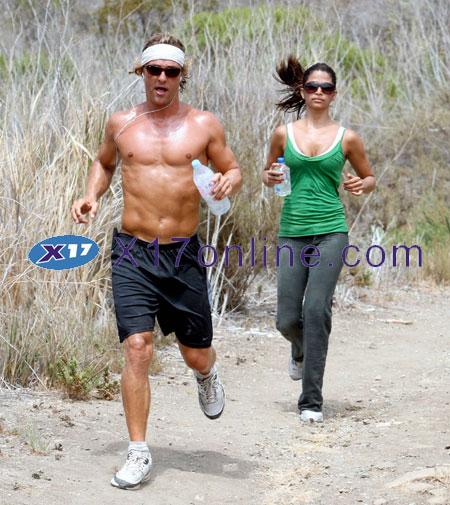 Matthew McConaughey MMCCONAUGHEY070807_14.jpg