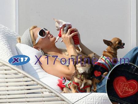 Paris Hilton PHILTON073107_01.jpg