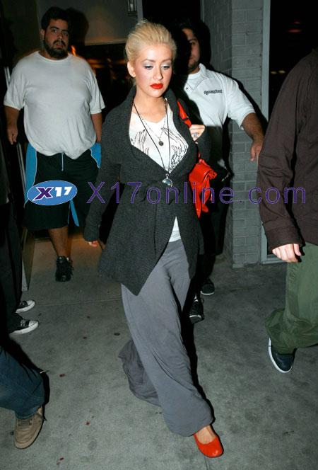 Christina Aguilera CAGUILERA092507_01.jpg