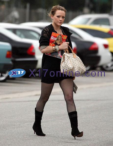 Hilary Duff HDuffCosm092107_1.jpg