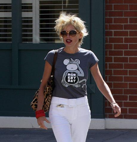 Sharon Stone SSTONE090507_01.jpg