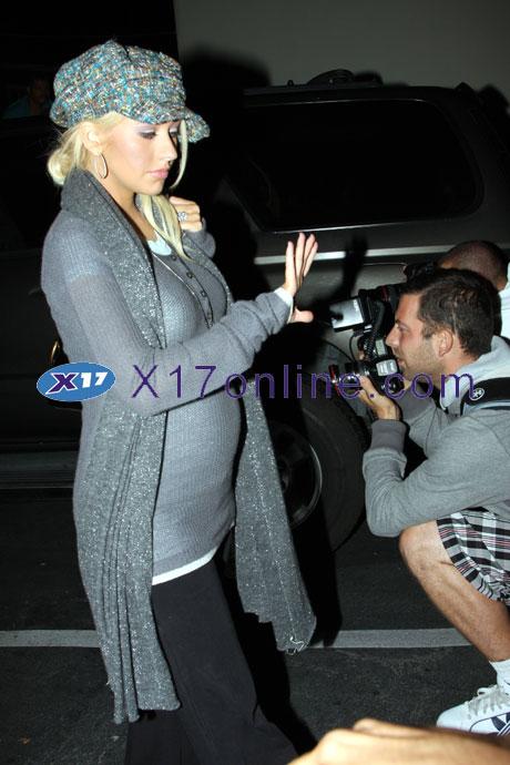 Christina Aguilera CAGUILERAGREY101107_2.jpg