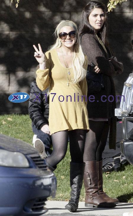 Lindsay Lohan LLOHANPUMPKIN100207_08.JPG