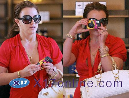 Britney Spears bcamera.jpg