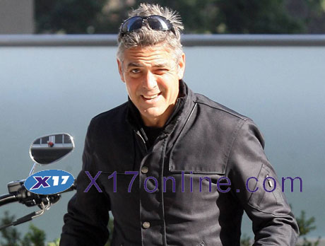 GCLOONEY111907_01.jpg