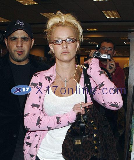 Britney Spears BSPEARSPOLICE112807 005